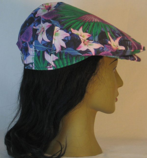 Ivy Flat Cap in Lily And Parrot With Mums at Dusk - back right