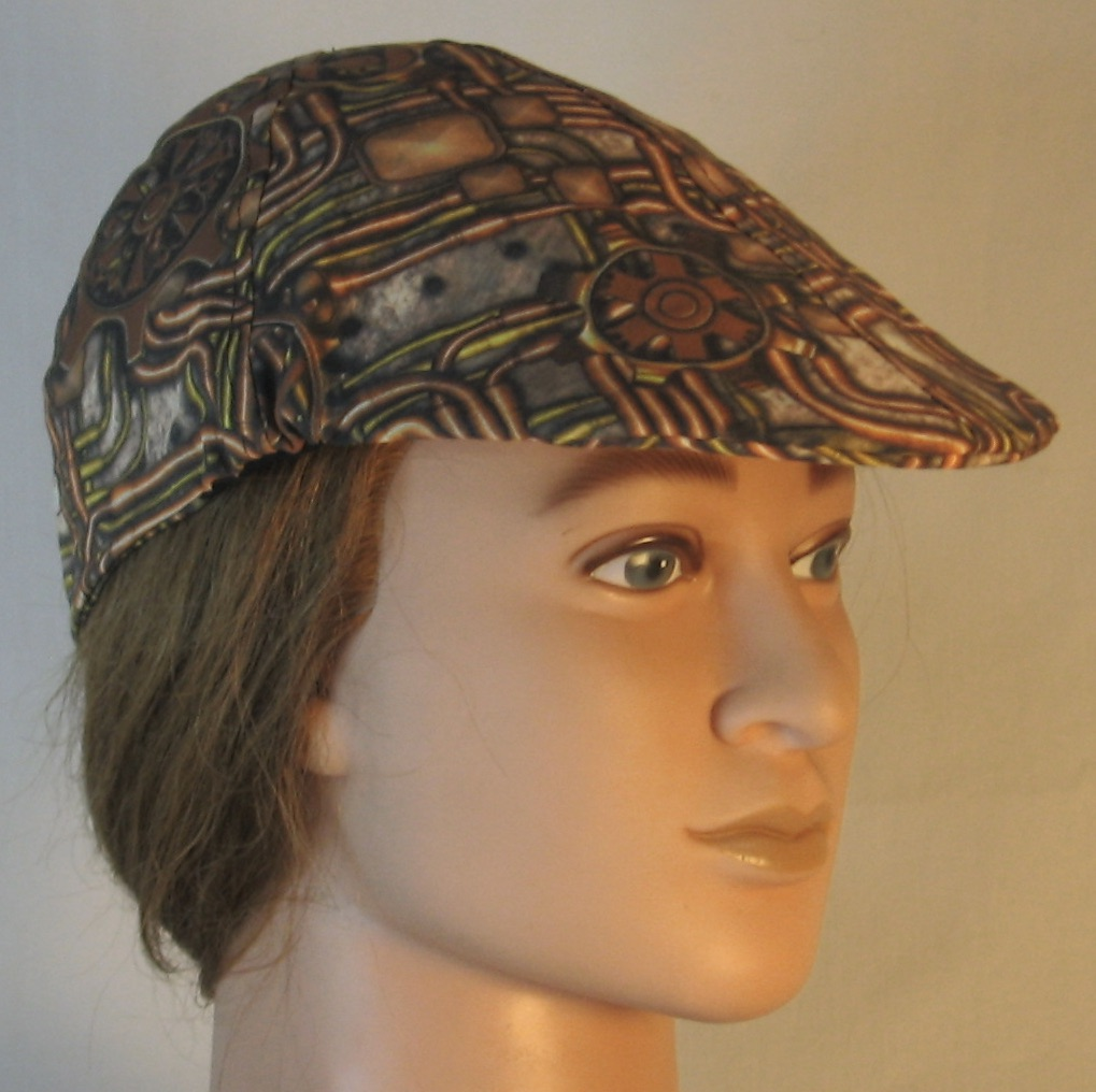 Duckbill Flat Cap in Steampunk Panel Gears Pipes in Brass - right